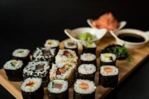 Sushi v Klaretu