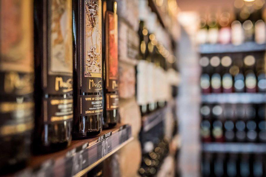 Jak správně skladovat a uchovávat víno?