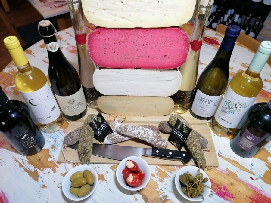 Sestavte si balíček vína a sýrů