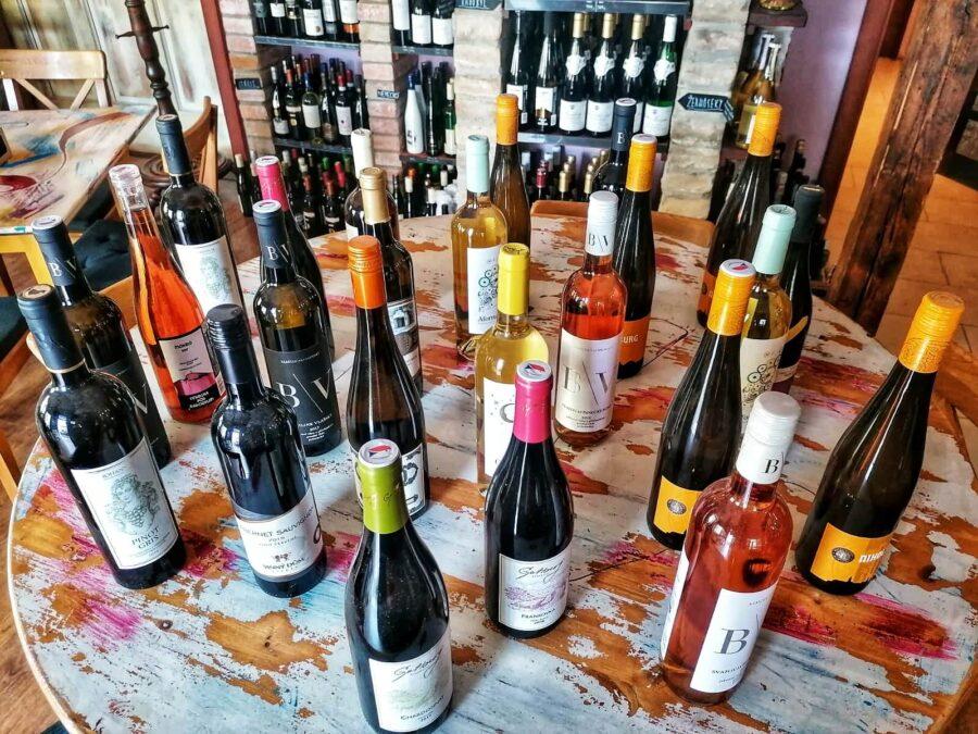 Šťastná hodinka ve Wine Food Klaret